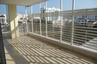 Apartamento Amplio 242 Metros Con Terraza