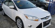 Ford Focus hatchback 2012 CLEANNew