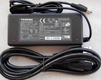 Fuente Toshiba Original 15V 5A
