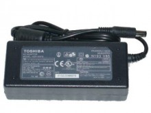 Fuente de laptop Toshiba 15V 3A