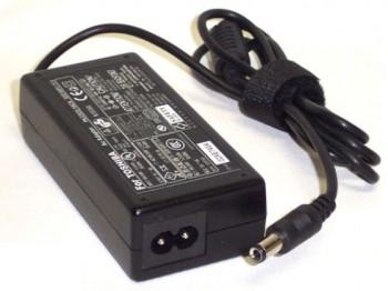 Fuente de laptop Toshiba original 15V 4A