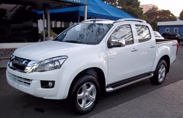 Auto Import. Vehiculos en Republica Dominicana. Isuzu Dmax LS 2014