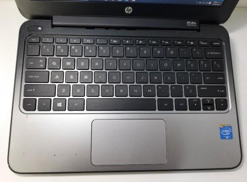 Laptop Hp Stream 11 Pro Con Detalles Esteticos